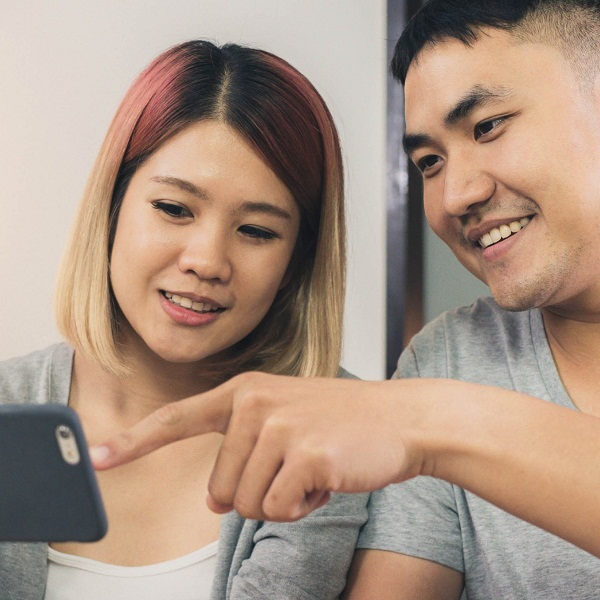 How phones can make or break a relationship