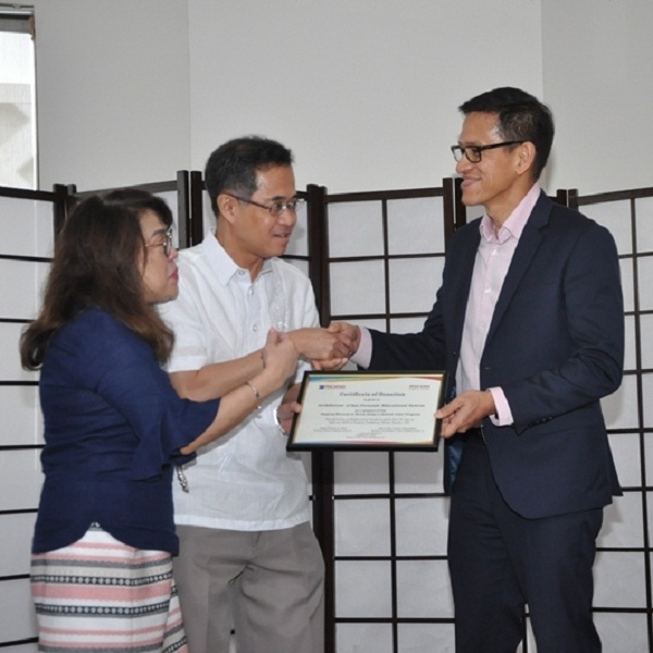 Ricoh gifts schools through Alagang Phoenix program